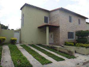 Casa En Ventaen Cabudare, Parroquia Agua Viva, Venezuela, VE RAH: 18-9389
