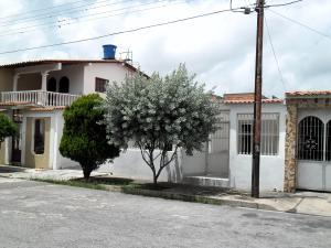 Casa En Ventaen Turmero, Los Overos, Venezuela, VE RAH: 18-9157