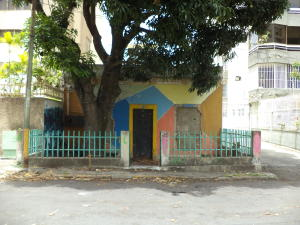 Terreno En Ventaen Caracas, La Florida, Venezuela, VE RAH: 18-9203