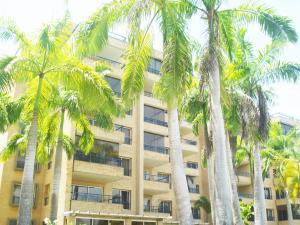 Apartamento En Ventaen Rio Chico, Los Canales De Rio Chico, Venezuela, VE RAH: 18-9252