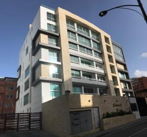 Apartamento En Ventaen Caracas, Los Naranjos De Las Mercedes, Venezuela, VE RAH: 18-9190
