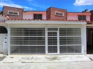 Casa En Ventaen Charallave, Loma Real, Venezuela, VE RAH: 18-9221