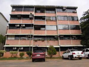 Apartamento En Ventaen Guarenas, Ciudad Casarapa, Venezuela, VE RAH: 18-11200