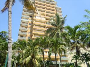Apartamento En Alquileren Lecheria, Cerro El Morro, Venezuela, VE RAH: 18-9382