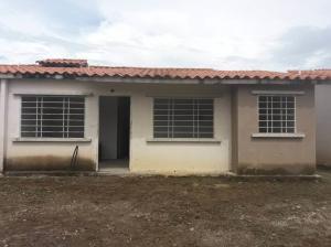 Casa En Ventaen Araure, Araure, Venezuela, VE RAH: 18-9261