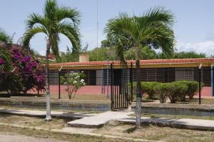 Casa En Ventaen Rio Chico, Los Canales De Rio Chico, Venezuela, VE RAH: 18-9271