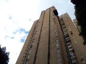 Apartamento En Ventaen Caracas, El Paraiso, Venezuela, VE RAH: 18-9287