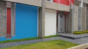 Apartamento En Ventaen Coro, Villa Gardenia, Venezuela, VE RAH: 18-9328