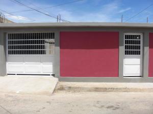 Casa En Ventaen Coro, Las Eugenias, Venezuela, VE RAH: 18-9335