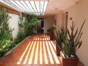 Local Comercial En Alquileren Maracaibo, Tierra Negra, Venezuela, VE RAH: 18-9340
