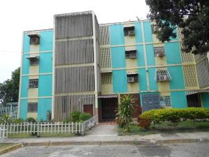 Apartamento En Ventaen Palo Negro, Los Naranjos, Venezuela, VE RAH: 18-9339