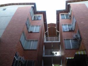 Apartamento En Ventaen Guarenas, Terrazas Del Este, Venezuela, VE RAH: 18-9353