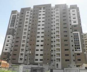 Apartamento En Ventaen Maracay, Base Aragua, Venezuela, VE RAH: 18-9477