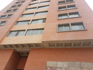 Apartamento En Ventaen Merida, Avenida Las Americas, Venezuela, VE RAH: 18-9374