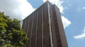 Consultorio Medico  En Ventaen Caracas, La Urbina, Venezuela, VE RAH: 18-9410
