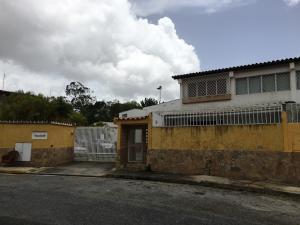Casa En Ventaen Caracas, Santa Paula, Venezuela, VE RAH: 18-12047