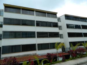 Apartamento En Ventaen Los Teques, El Solar De La Quinta, Venezuela, VE RAH: 18-9438