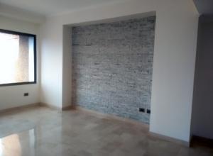 Apartamento En Ventaen Maracaibo, Dr Portillo, Venezuela, VE RAH: 18-9462