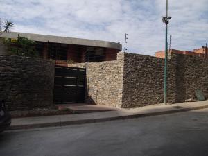 Casa En Ventaen Caracas, Alto Hatillo, Venezuela, VE RAH: 18-9470