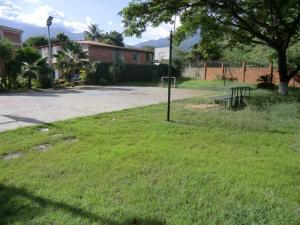 Casa En Alquileren Guatire, El Castillejo, Venezuela, VE RAH: 18-9906