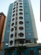 Apartamento En Alquileren Lecheria, Calle Arismendi, Venezuela, VE RAH: 18-9539