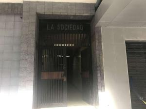 Oficina En Ventaen Caracas, Parroquia Altagracia, Venezuela, VE RAH: 18-9577