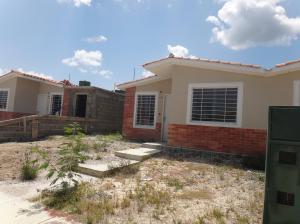 Casa En Ventaen Barquisimeto, Terrazas De La Ensenada, Venezuela, VE RAH: 18-9875