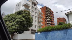 Apartamento En Ventaen Caracas, Santa Eduvigis, Venezuela, VE RAH: 18-9641