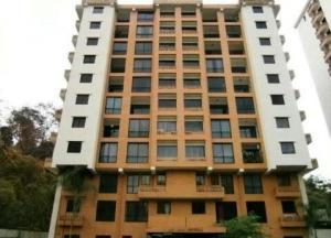 Apartamento En Ventaen Valencia, El Bosque, Venezuela, VE RAH: 18-9616