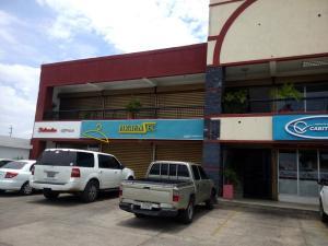 Local Comercial En Alquileren Municipio San Francisco, La Coromoto, Venezuela, VE RAH: 18-9632