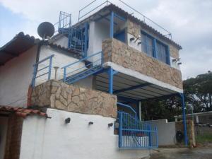 Casa En Ventaen Barquisimeto, Parroquia Santa Rosa, Venezuela, VE RAH: 18-9744