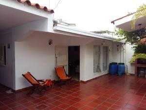 Casa En Ventaen Guatire, La Rosa, Venezuela, VE RAH: 18-9751