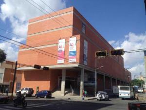 Local Comercial En Ventaen Barquisimeto, Parroquia Catedral, Venezuela, VE RAH: 18-9776