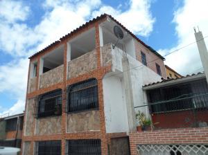 Casa En Ventaen Guatire, La Rosa, Venezuela, VE RAH: 18-9958