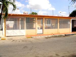 Casa En Ventaen Cabudare, Parroquia Agua Viva, Venezuela, VE RAH: 18-9803
