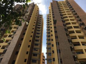 Apartamento En Ventaen Valencia, La Trigaleña, Venezuela, VE RAH: 18-9870
