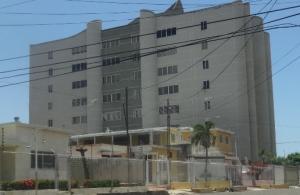 Apartamento En Ventaen Maracaibo, Veritas, Venezuela, VE RAH: 18-9923