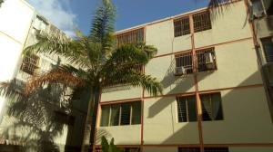Apartamento En Ventaen Municipio San Diego, Monteserino, Venezuela, VE RAH: 18-9939