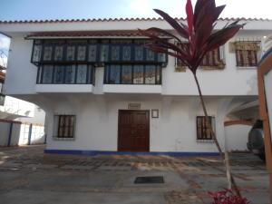 Casa En Ventaen Maracay, Barrio Sucre, Venezuela, VE RAH: 18-9951