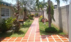 Townhouse En Ventaen Ciudad Ojeda, Campo Elias, Venezuela, VE RAH: 18-9971