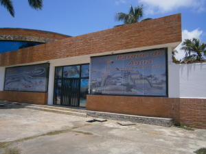 Local Comercial En Ventaen Chichiriviche, Flamingo, Venezuela, VE RAH: 18-9989
