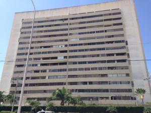 Apartamento En Ventaen Maracaibo, Avenida El Milagro, Venezuela, VE RAH: 18-10025