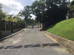 Terreno En Ventaen Caracas, La Lagunita Country Club, Venezuela, VE RAH: 18-10128