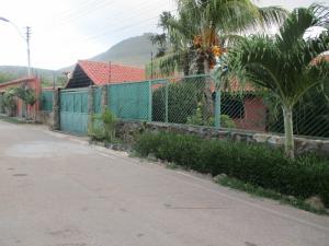 Casa En Ventaen Margarita, Paraguachi, Venezuela, VE RAH: 18-10432