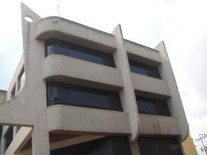Local Comercial En Ventaen Acarigua, Centro, Venezuela, VE RAH: 18-10083