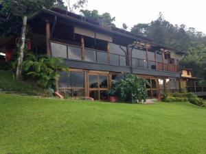Casa En Ventaen Caracas, Alto Hatillo, Venezuela, VE RAH: 18-10815