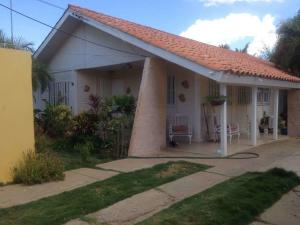 Casa En Ventaen Coro, La Paz, Venezuela, VE RAH: 18-10130