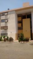 Apartamento En Ventaen Maracaibo, Avenida Goajira, Venezuela, VE RAH: 18-10149