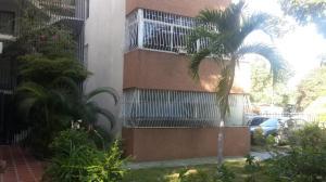 Apartamento En Ventaen Maracaibo, Avenida Goajira, Venezuela, VE RAH: 18-16434
