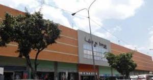 Local Comercial En Ventaen Valencia, Avenida Lara, Venezuela, VE RAH: 18-10253